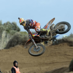 Cairoli Comes Out Swinging In First Mx1 Outing